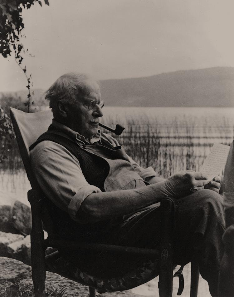 critique on carl jung Cg jung's red book, a work of mythical stature, even within the myth-laden corpus of jung's life and writings, was finally released in 2009 the material in the red book had its genesis in a series of visionary experiences beginning in 1912.